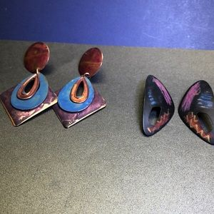 Metal multi color earrings